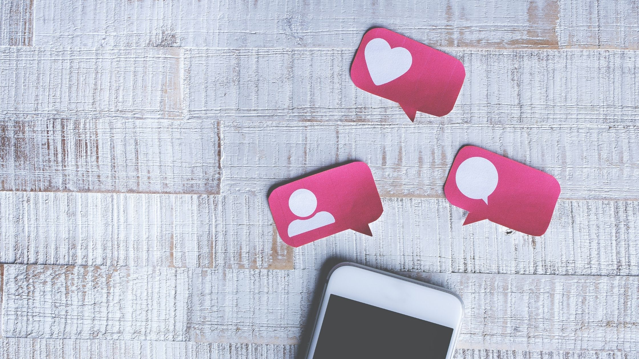 Read more about the article Top 5 Legal Issues You Should Consider with Social Media Marketing